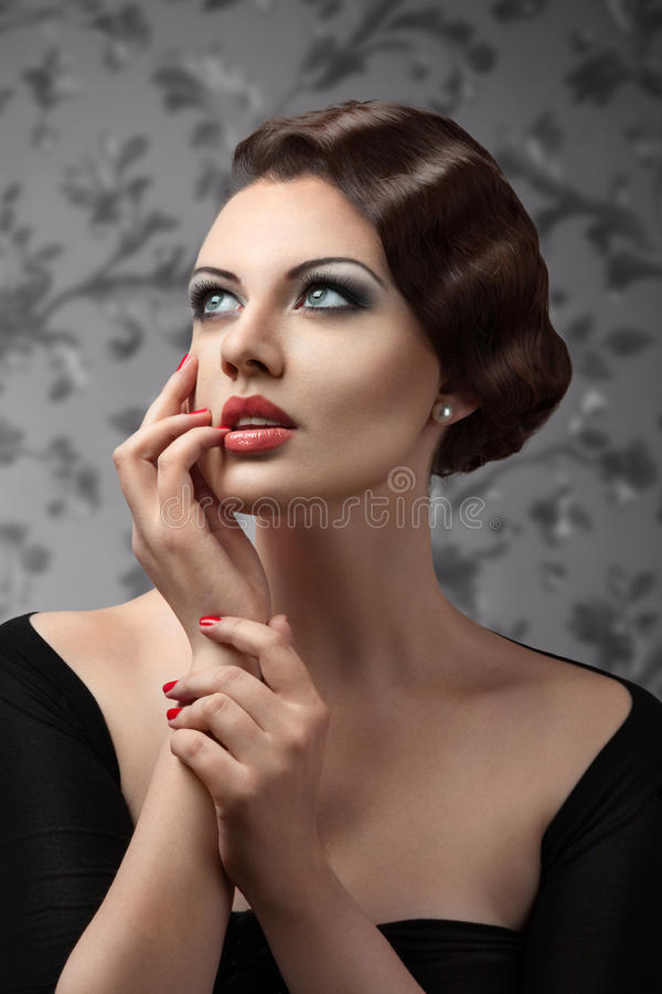 Retro portret van de stijlvrouw royalty-vrije stock foto
