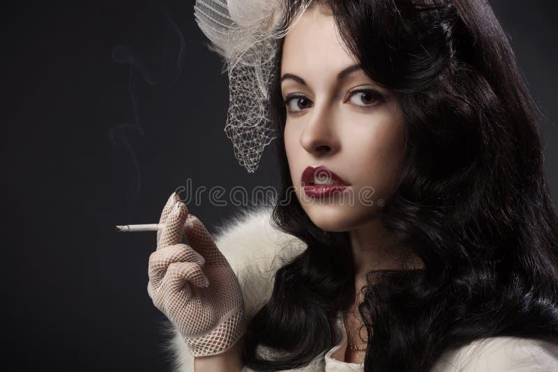 Retro Portret van de Vrouw stock fotografie