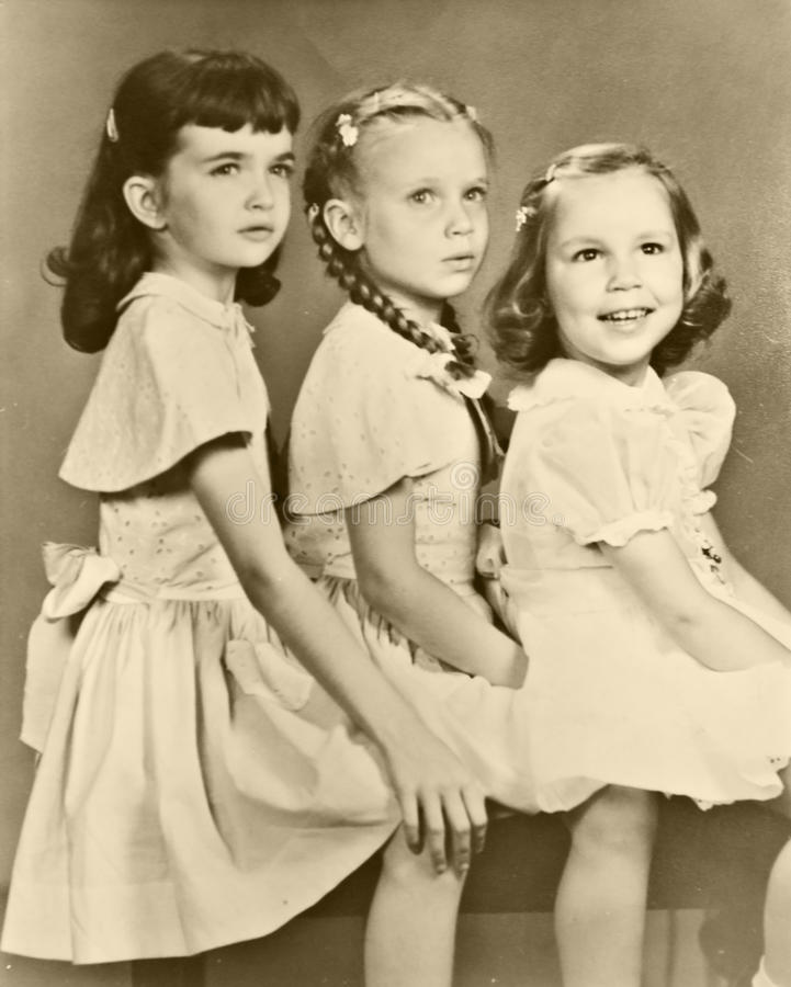 Retro Portret van Drie Meisjes stock fotografie