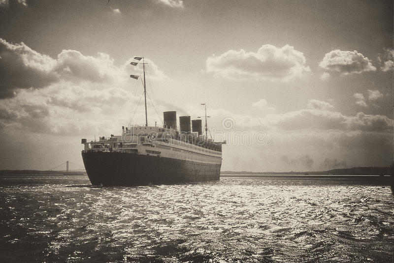 Download Retro Queen Mary Last Voyage Stock Image - Image: 24395621