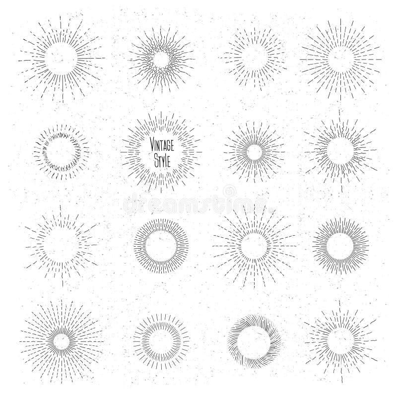Retro ręka rysujący sunburst set Słońce promienia ramy wewnątrz royalty ilustracja