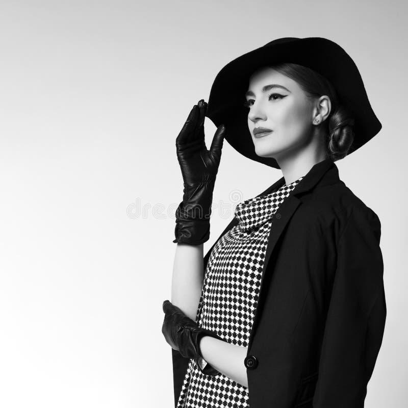 Retro ragazza di stile fotografie stock libere da diritti