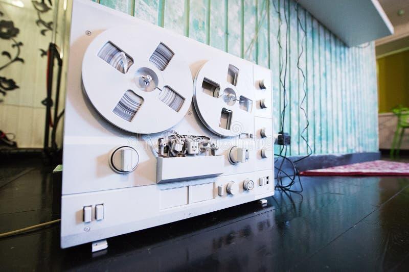 Retro registratore della bobina fotografie stock libere da diritti