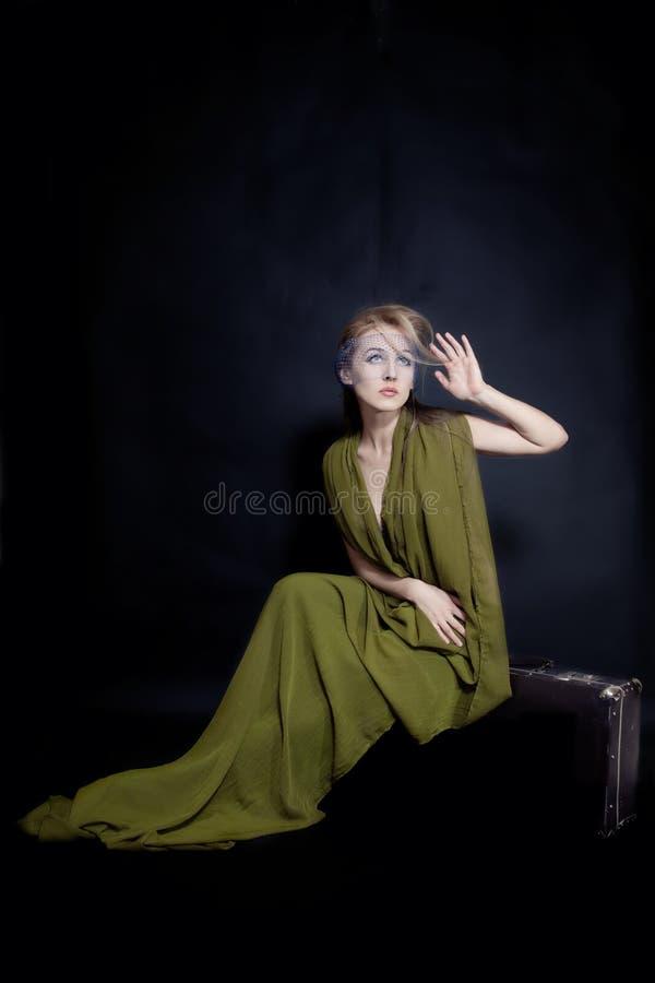 Retro ritratto di bella giovane donna immagine stock libera da diritti