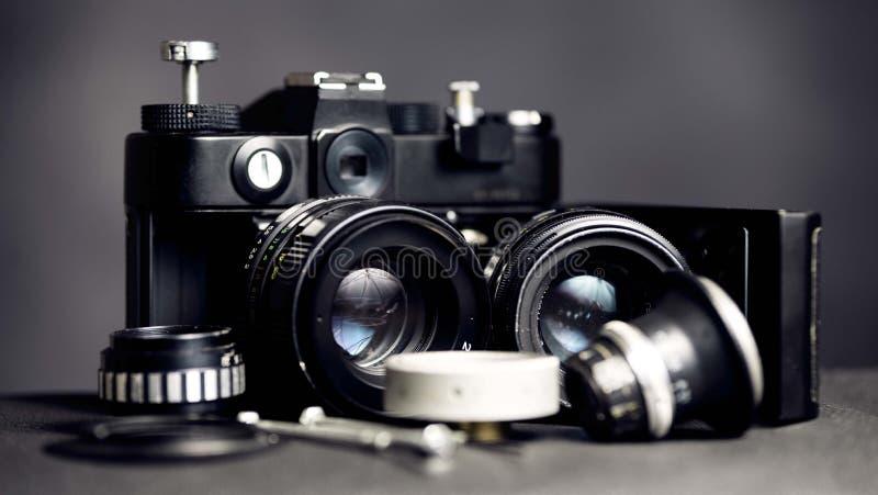 Retro rocznik kamera z obiektywami zdjęcie royalty free