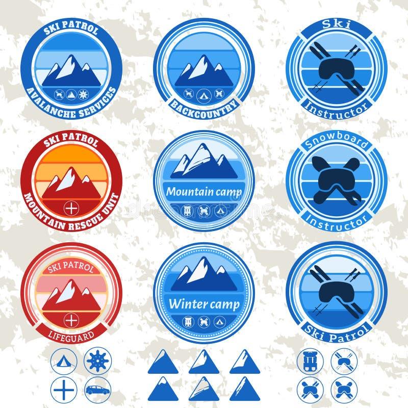 Retro rocznik ustawiający odznaki i etykietki na temacie góry, narta patrol ilustracja wektor