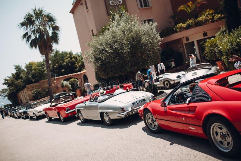 Retro samochodu wiec Francuski Riviera Ładny - Cannes - święty obraz royalty free