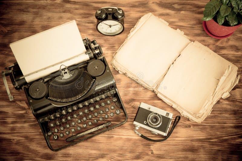 Retro- Schreibmaschine stockfotografie