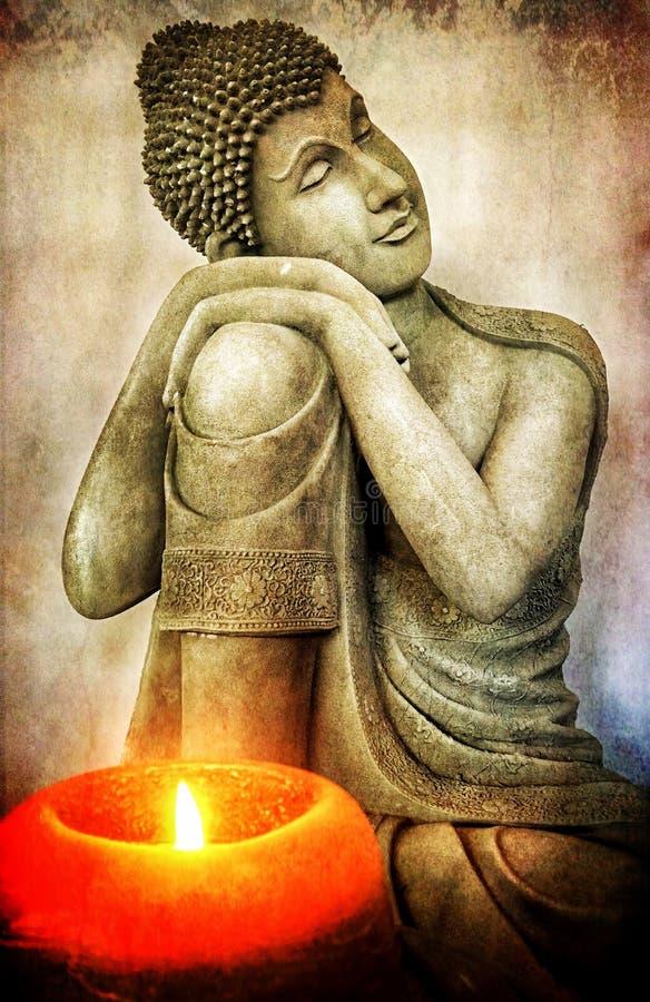 Retro scultura di Buddha di lerciume e luce della candela fotografia stock
