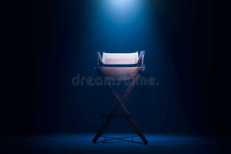 Retro sedia di direttore su grigio immagine stock libera da diritti