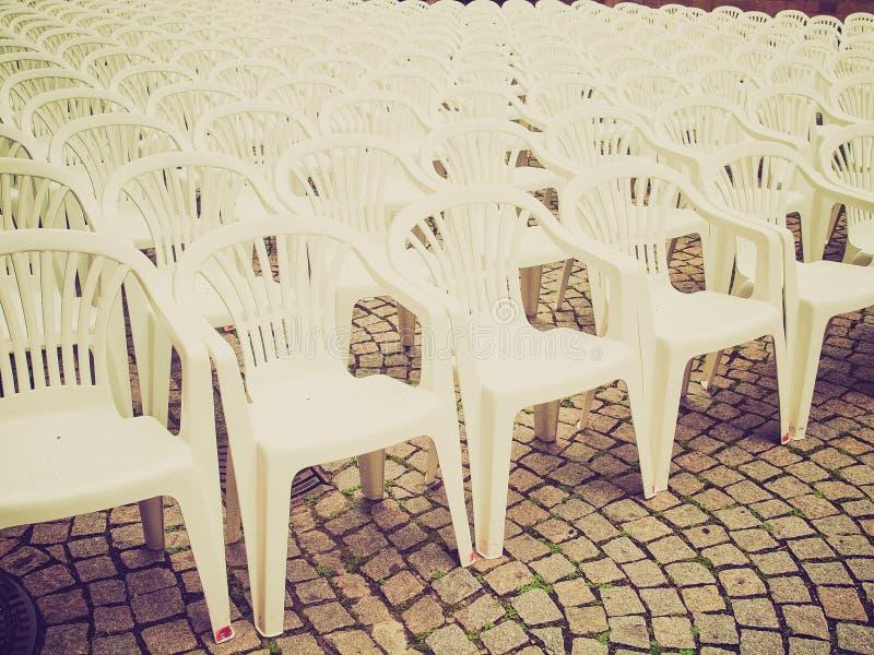 Retro sedie di sguardo immagini stock libere da diritti