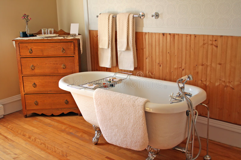 Retro stanza da bagno. fotografie stock