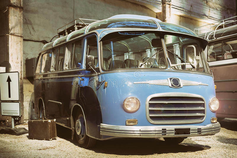 Retro stijlbus gestemd royalty-vrije stock foto's