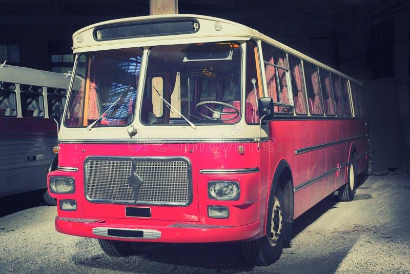Retro stijlbus gestemd stock foto's