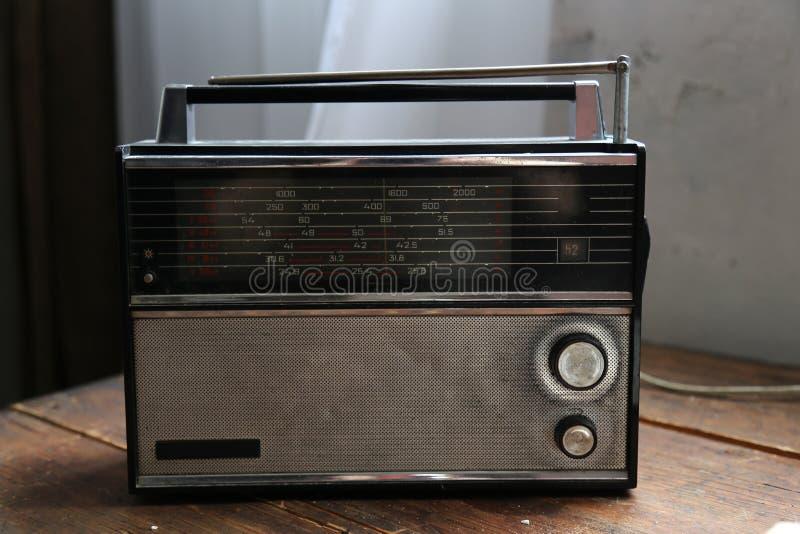 Retro stil för gammal radio arkivfoton