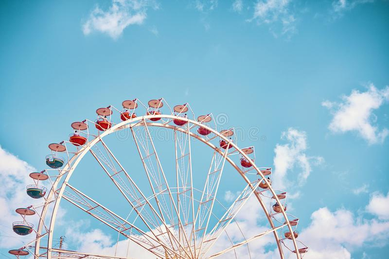 Retro stylizowany obrazek Ferris koło obraz royalty free