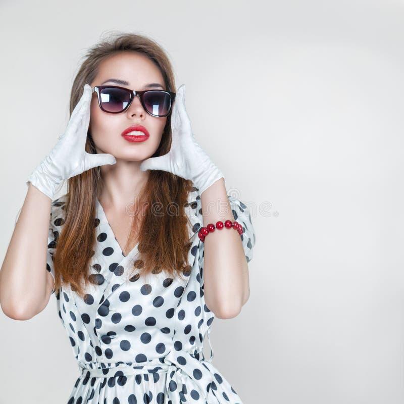 Retro stylowa mody kobieta obraz royalty free