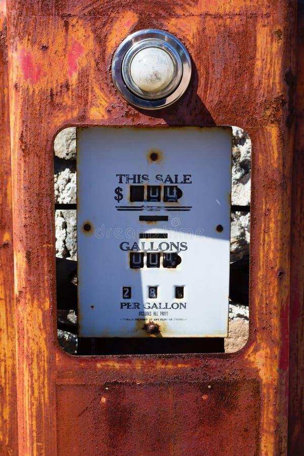 Stara Benzynowa pompa zdjęcie stock