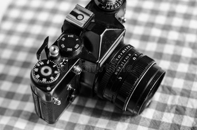 Retro tappningkamera royaltyfri fotografi
