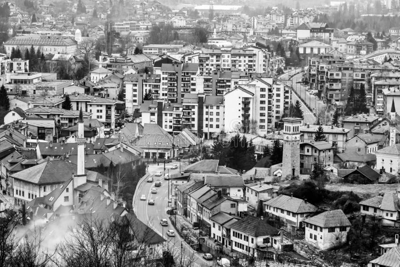Retro Travnik een moderne stad stock afbeeldingen