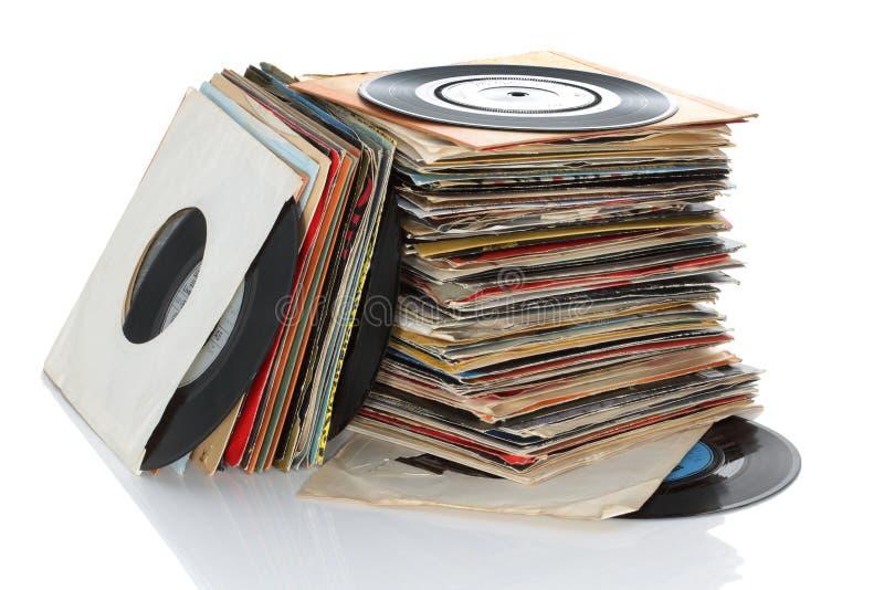 Retro- Vinyl 45rpm sondert Aufzeichnungen aus lizenzfreie stockfotos