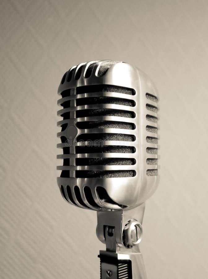 Retro vista del microfono fotografia stock libera da diritti