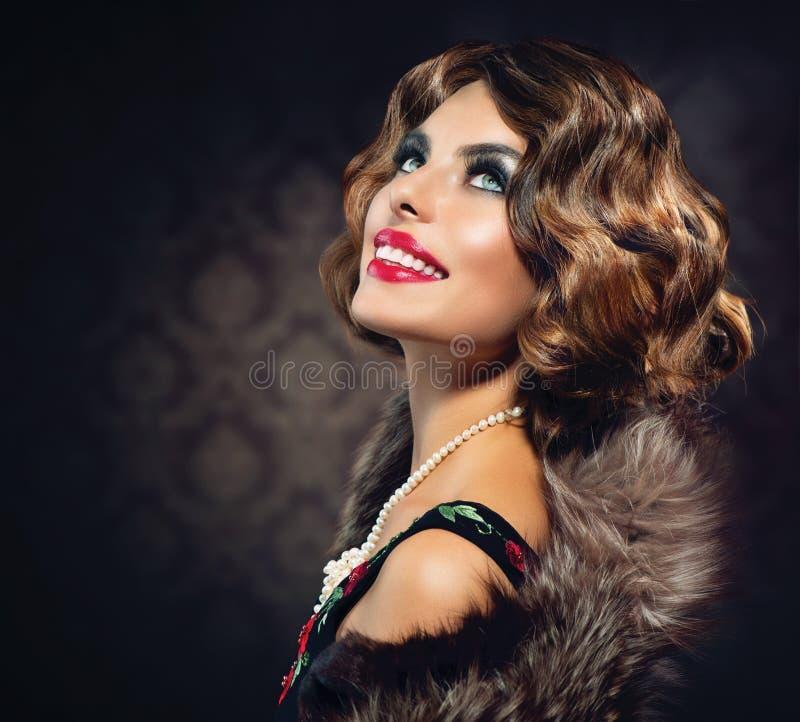 Retro Vrouwenportret stock foto's
