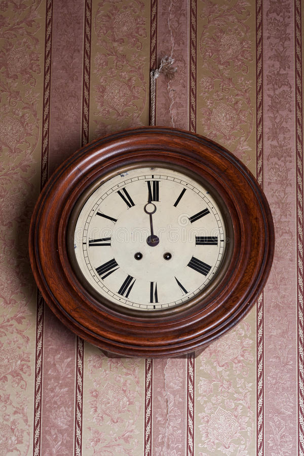 Download Retro Wall Clock Royalty Free Stock Images - Image: 20875689