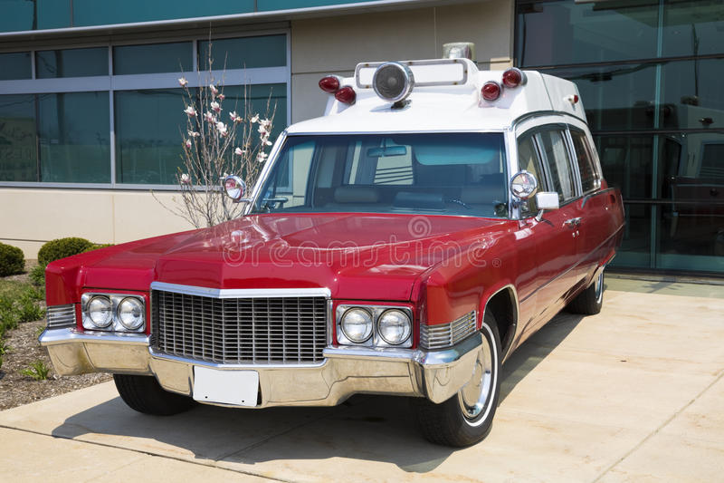 Retro ziekenwagen royalty-vrije stock foto