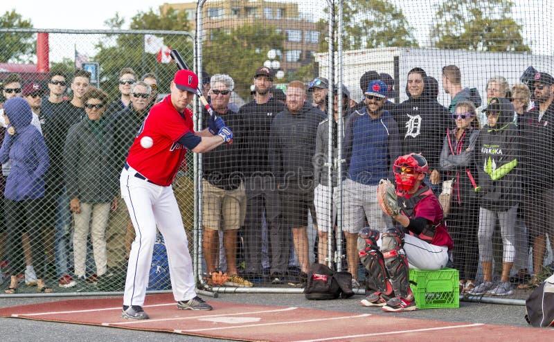 Retrocede fora nacionais superiores de Canadá Men's do basebol foto de stock