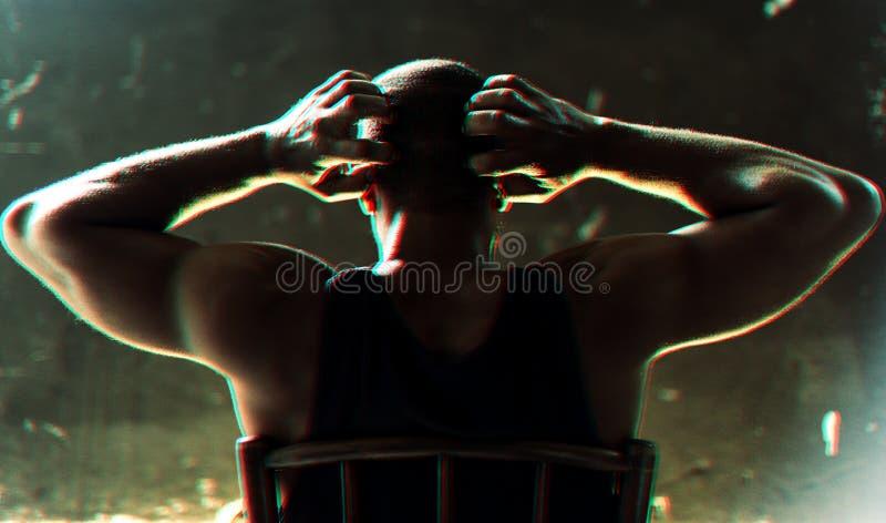 Retrovisione dell'uomo di origine africana che gesturing con il panico fotografia stock libera da diritti