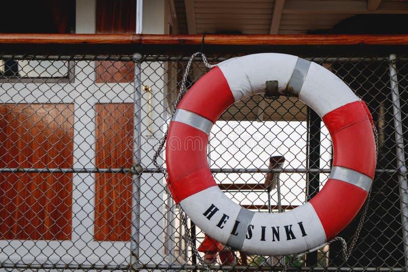 Rettungsleine auf Schiff lizenzfreie stockbilder