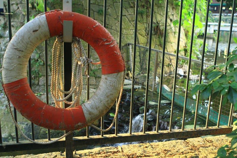 Rettungsring des Rettungsringhilfsrettungsabwehr-Schiffs PAS lizenzfreies stockfoto