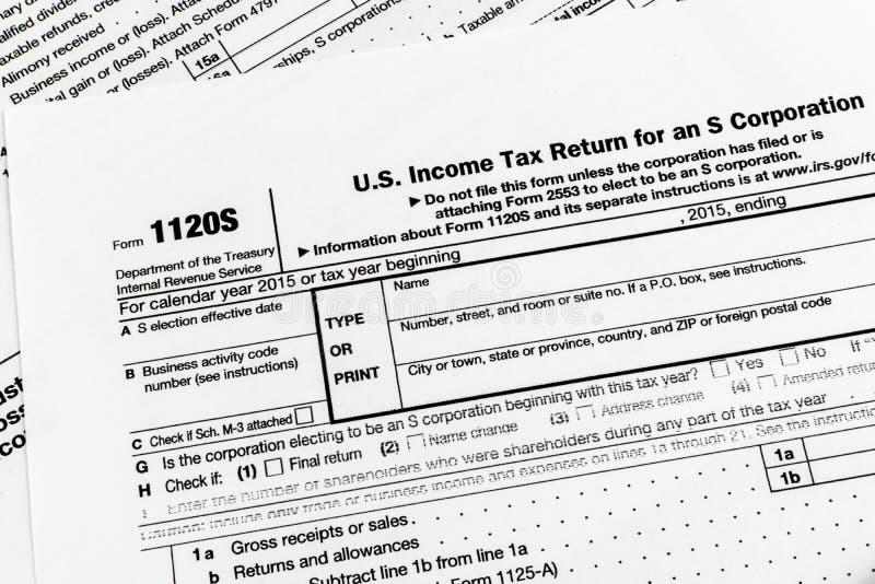 Retur för inkomstskatt för IRS-form 1120S Liten Korporation arkivbilder