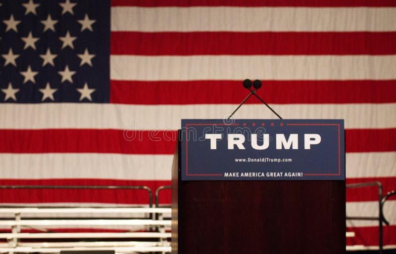 Reunião da campanha presidencial de Donald Trump primeira em Phoenix imagem de stock royalty free