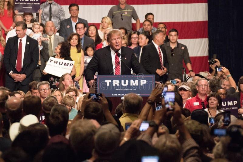 Reunião da campanha presidencial de Donald Trump primeira em Phoenix fotografia de stock royalty free