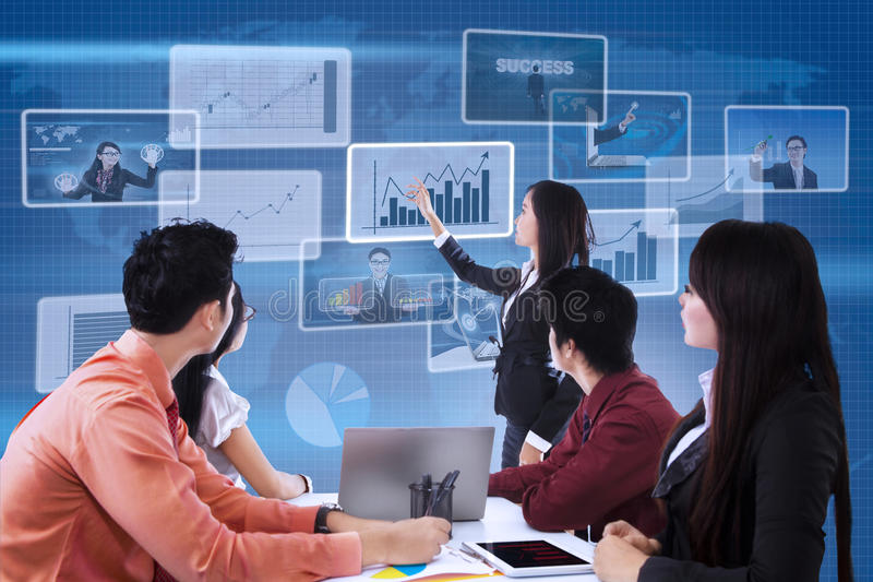 Reunião da equipe do negócio sobre o fundo digital ilustração do vetor