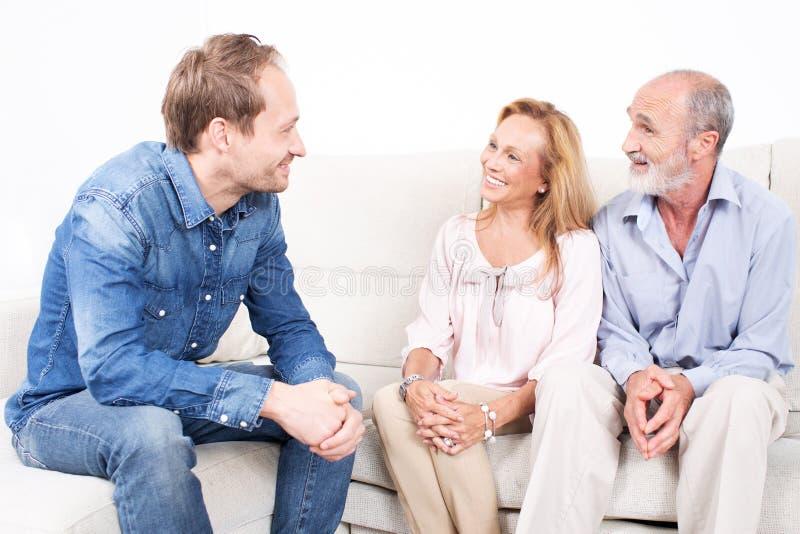 reunião da família imagem de stock