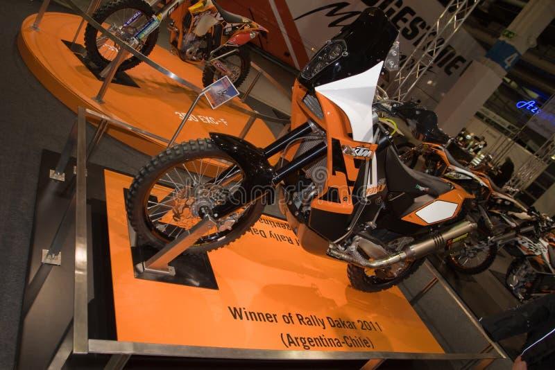 Reunião de KTM 450 - vencedor 2011 da reunião de Dacar fotos de stock