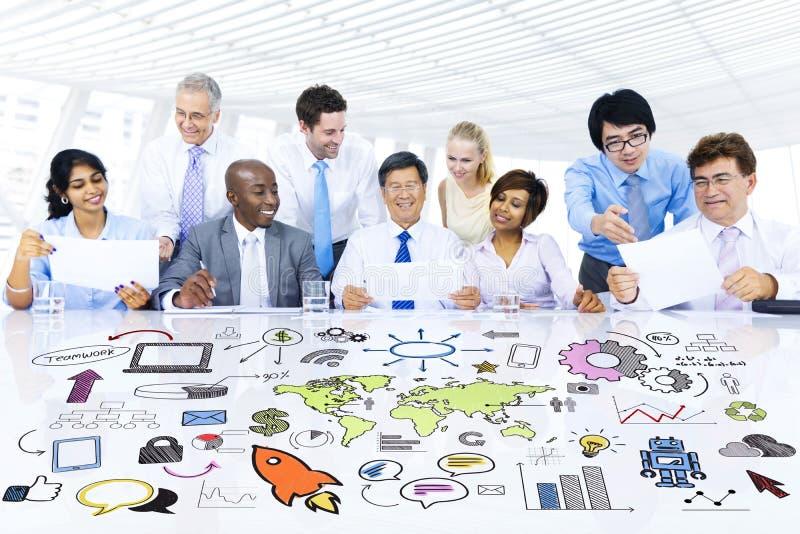 Reunião de planejamento estratégico do negócio global fotografia de stock royalty free