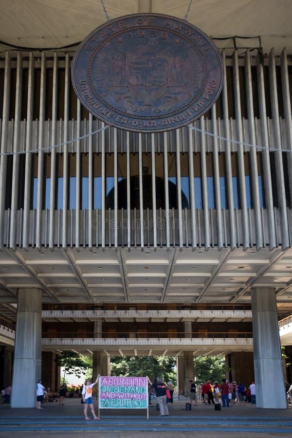 Reunião Pro-choice no capital de estado de Havaí imagens de stock royalty free