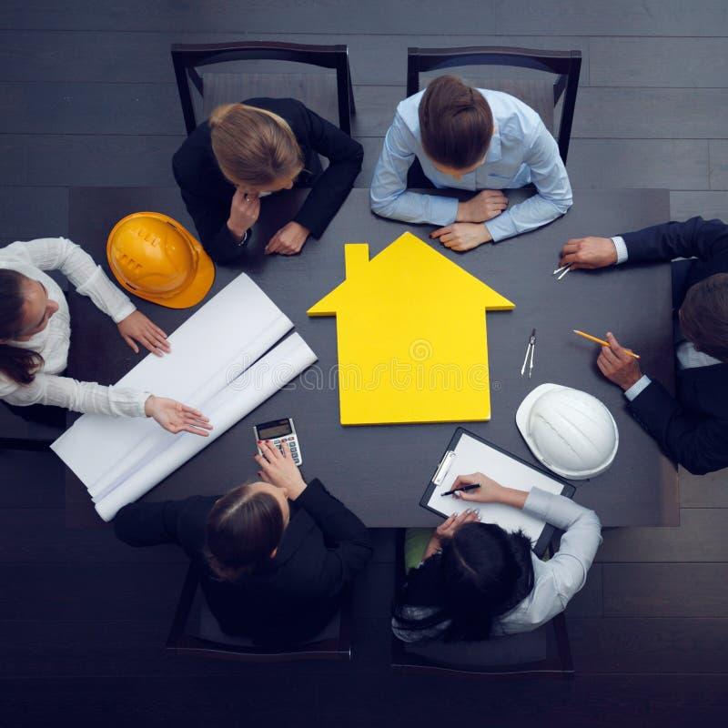 Reunión de negocios de construcción fotografía de archivo