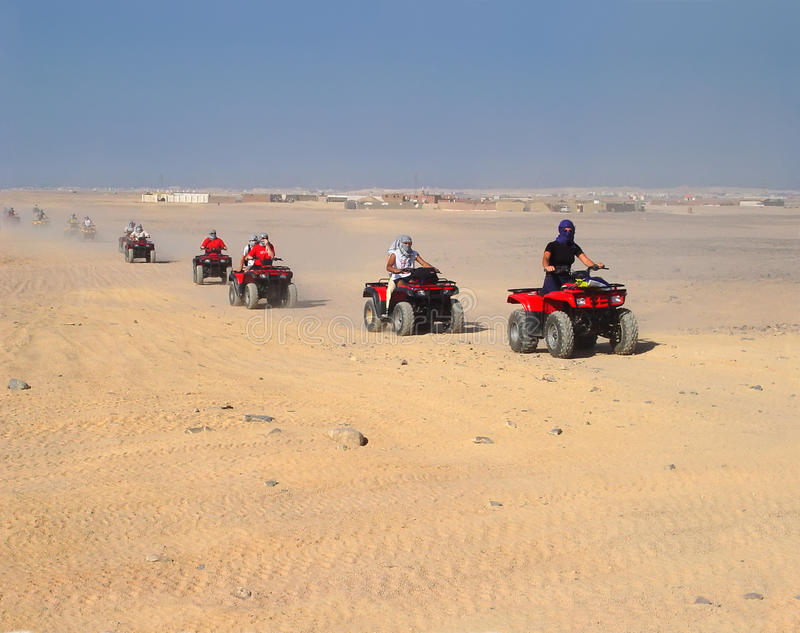 Reunión turística en ATVs en Hurghada imágenes de archivo libres de regalías