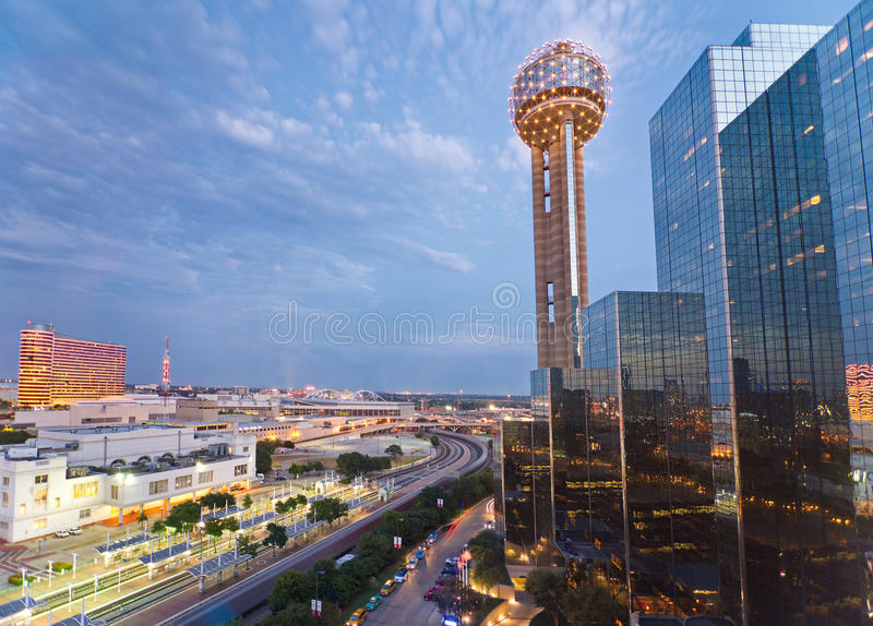 Reunion Tower and the Hyatt Regency Dallas. DALLAS, TEXAS - AUG. 25, 2015: The iconic spherical Reunion Tower and the Hyatt Regency Dallas after sunset with the stock photo