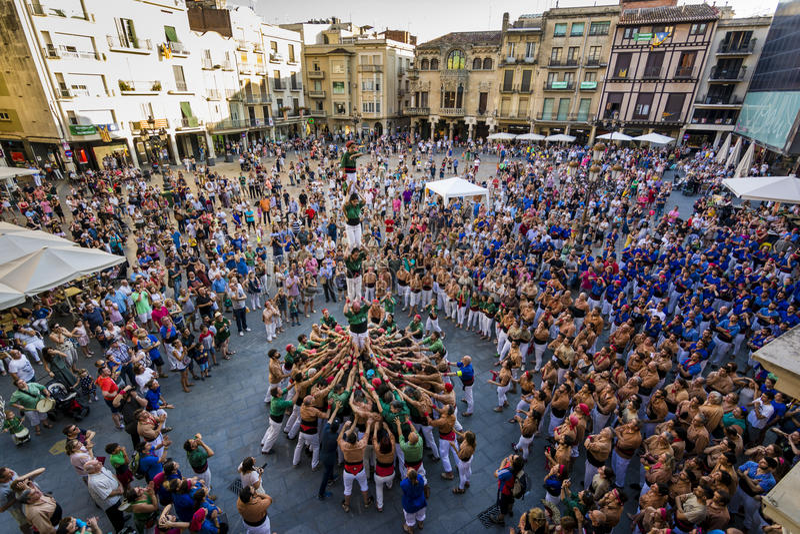 Reus Spanien - Juni 17, 2017: Castells kapacitet, fotografering för bildbyråer