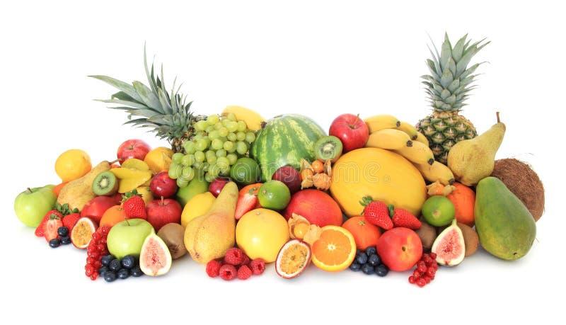 Reusachtige stapel van diverse vruchten stock foto