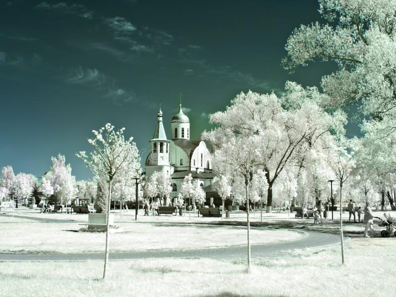 Reutov Iglesia de la madre de Kazán de dios Fotografía infrarroja fotografía de archivo libre de regalías