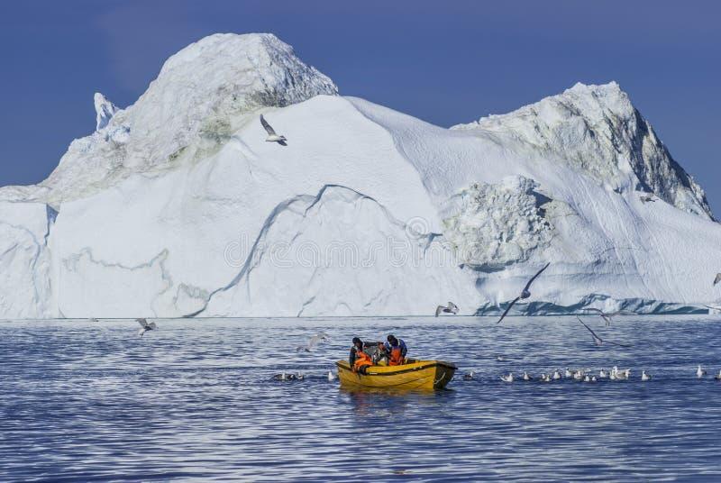Reuzeijsbergen van Disko-Baai stock foto's