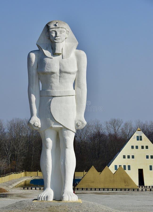 Reuzekoning Tut Statue royalty-vrije stock foto's
