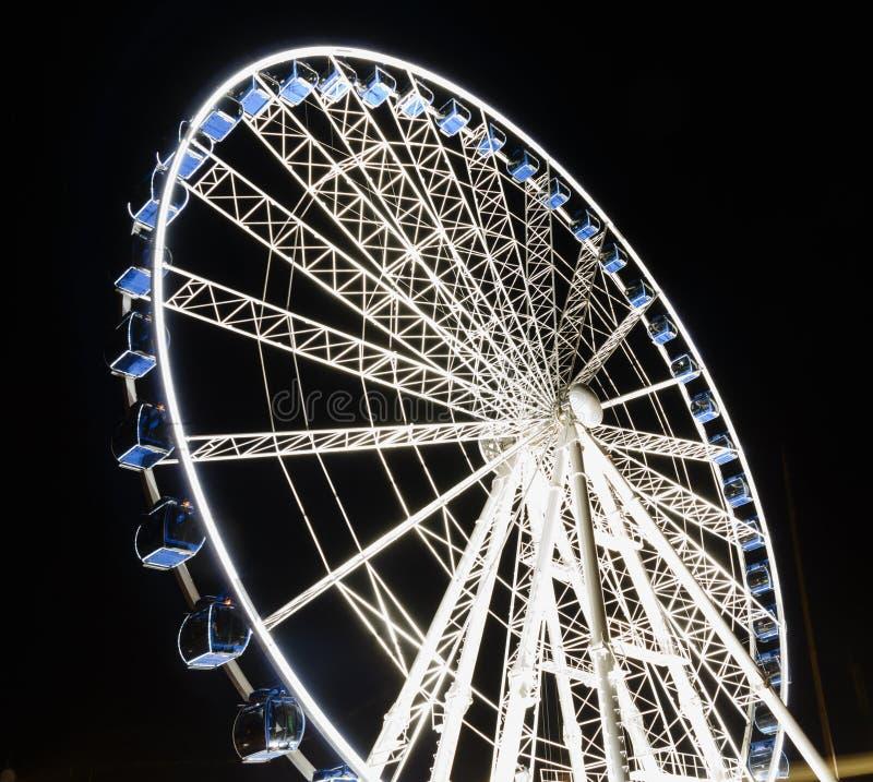 Download Reuzenrad Bij Nacht In Gdansk, Polen Stock Foto - Afbeelding bestaande uit pret, groot: 54091432